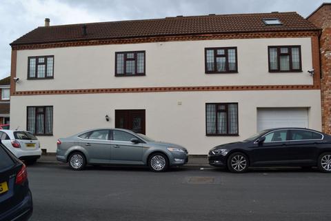 4 bedroom link detached house for sale - Homestead Way, Kingsley, Northampton NN2 6JG
