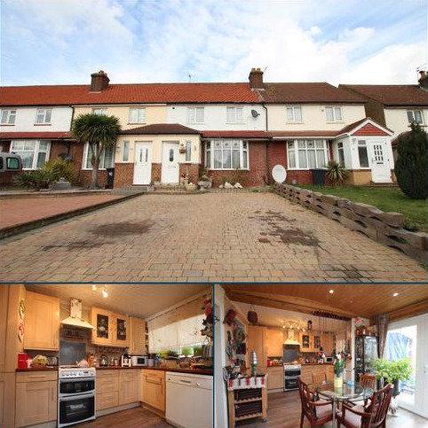 3 bedroom terraced house for sale - Bury Green Road, Cheshunt, EN7