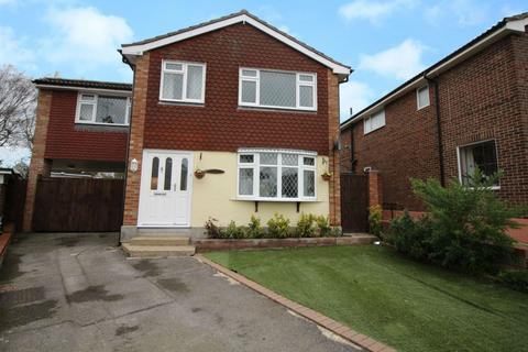 4 bedroom detached house for sale - Grenfell Close, Colchester, Essex, CO4