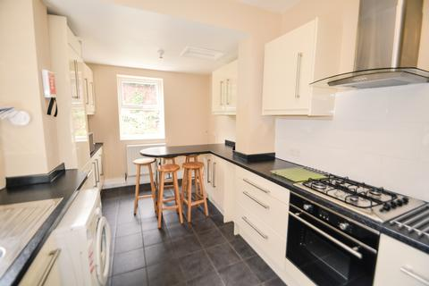 5 bedroom terraced house to rent - Student Property - Wiseton Road, Sheffield S11