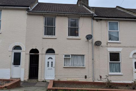 3 bedroom terraced house for sale -  Dale Street,  Chatham, ME4