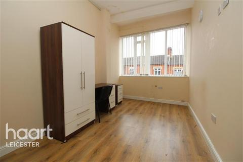 1 bedroom flat to rent - Montague Road