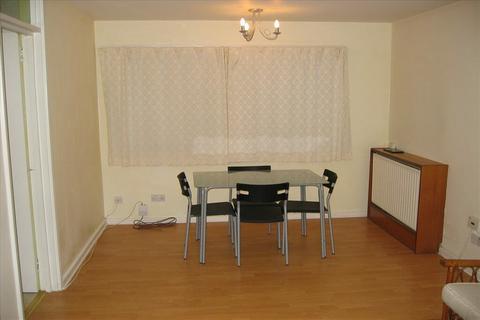 2 bedroom flat to rent - Branksome Court, Reading RG1