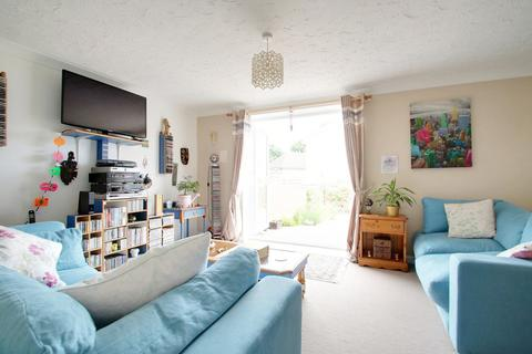 3 bedroom semi-detached house for sale - Swallowtail Close, Ipswich