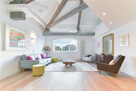 3 bedroom penthouse for sale - Prusoms Island, 135 Wapping High Street, Wapping, London, E1W