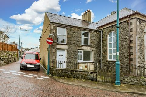 3 bedroom semi-detached house for sale - Baptist Street, Penygroes, North Wales