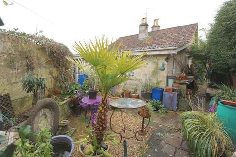 2 bedroom detached bungalow for sale - Williamstowe, Bath