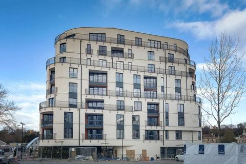 2 bedroom apartment to rent - Sovereign Point, Bath