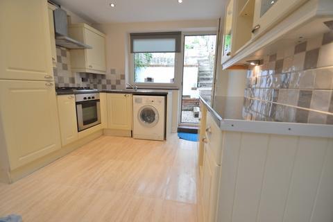 2 bedroom terraced house to rent - Rockstone Lane, Southampton