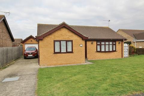 2 bedroom detached bungalow for sale - Thames Crescent, Hogsthorpe