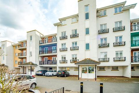 2 bedroom apartment to rent - 2, Hermitage Close, London, SE2