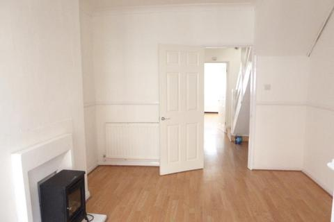 2 bedroom house to rent - Clarence Avenue, Hull, HU9 5QT