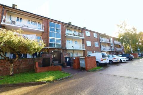 3 bedroom apartment for sale - 3 Bedroom flat for sale