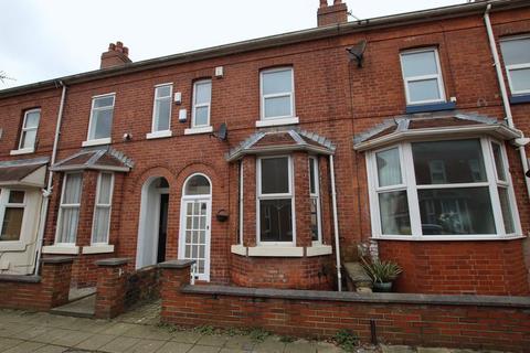 2 bedroom terraced house to rent - Poplar Grove, Urmston, Manchester