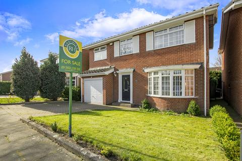 4 bedroom detached house for sale - Saundby Close, Bessacarr, Doncaster