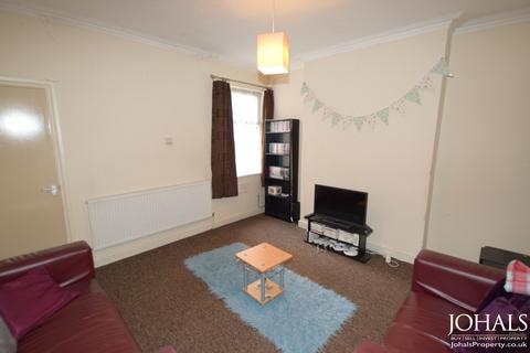 4 bedroom terraced house to rent - Paton Street, Leicester, LE3