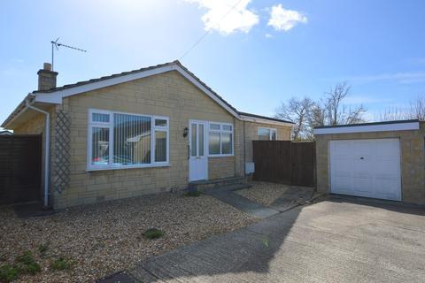 3 bedroom detached bungalow for sale - Savernake Avenue, Melksham
