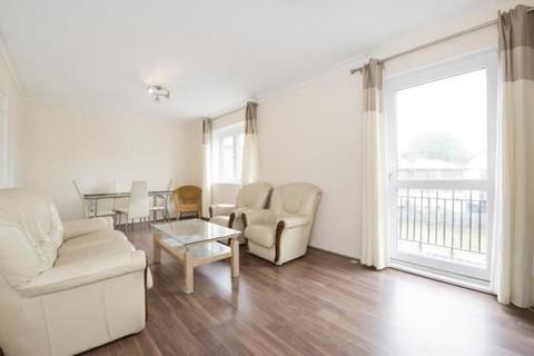 4 bedroom flat to rent - Sidney Gardens