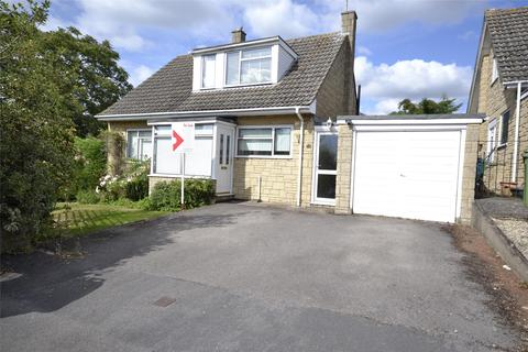 3 bedroom detached house to rent - Beverley Gardens, Woodmancote, Cheltenham, GL52 9QD