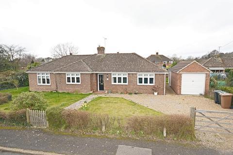4 bedroom detached bungalow for sale - Glenwood Close, St. Michaels, Tenterden