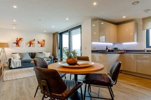 2 bedroom apartment to rent - Sutton Court Road, Sutton