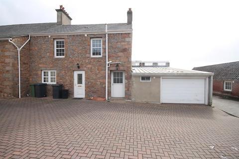 4 bedroom semi-detached house to rent - St Lawrence - REN094