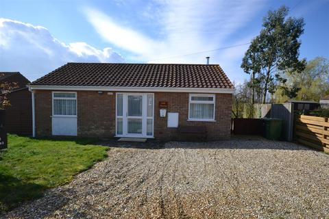 2 bedroom detached bungalow for sale - The Cedars, Snettisham