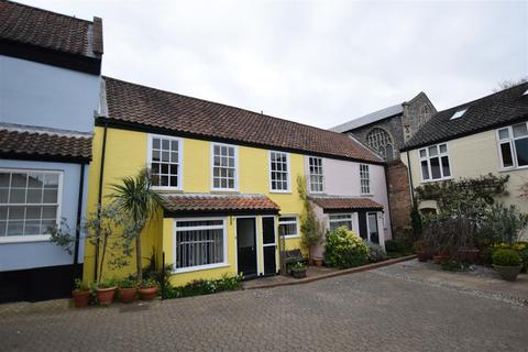 2 bedroom house to rent - Strangers Court, Pottergate, Norwich