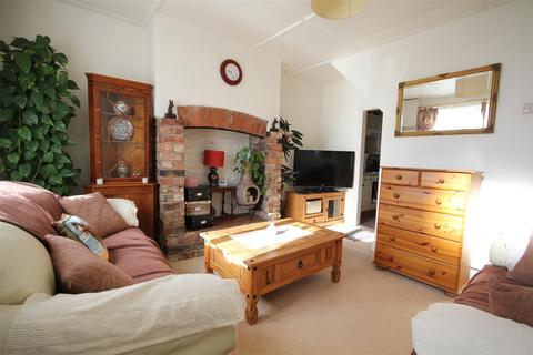 2 bedroom house for sale - York Street, Dunnington, York, YO19