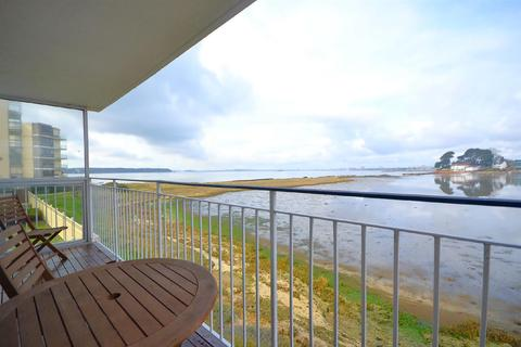 2 bedroom apartment for sale - Salterns Point, Salterns Way, Poole