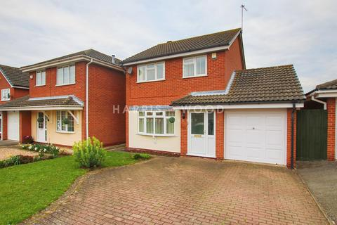 3 bedroom detached house for sale - St Andrews Gardens, Colchester, CO4