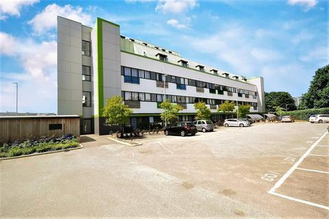 2 bedroom apartment for sale - West Terrace, Kings Road, Stevenage