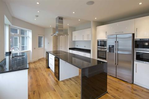 4 bedroom flat to rent - Avenue Close, London, NW8