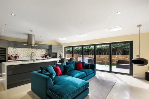 3 bedroom semi-detached house for sale - New Lane, Neasham, Darlington