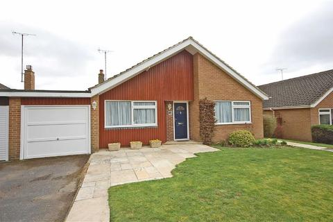 3 bedroom detached bungalow for sale - Ashley Close, Charlton Kings, Cheltenham, GL52