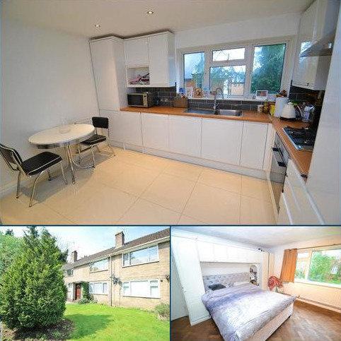 3 bedroom maisonette for sale - Oak Tree Court, Barnet Lane, Elstree