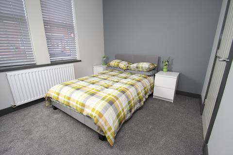 1 bedroom house share to rent - Glenmore House, Cambridge Street , Castleford