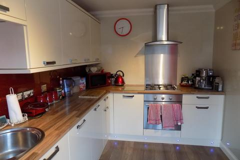3 bedroom terraced house to rent - Crossfields, Coulby Newham, Middlesbrough, TS8 0TS