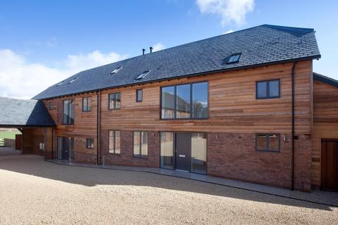 4 bedroom barn conversion for sale - Codford