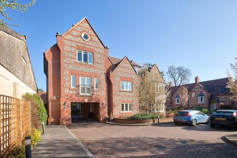 2 bedroom flat for sale - West Street, Wilton