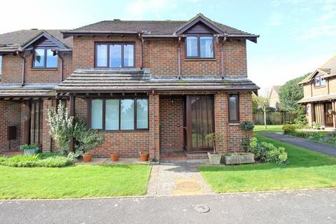 4 bedroom semi-detached house for sale - Kensington Park, Milford On Sea, Lymington