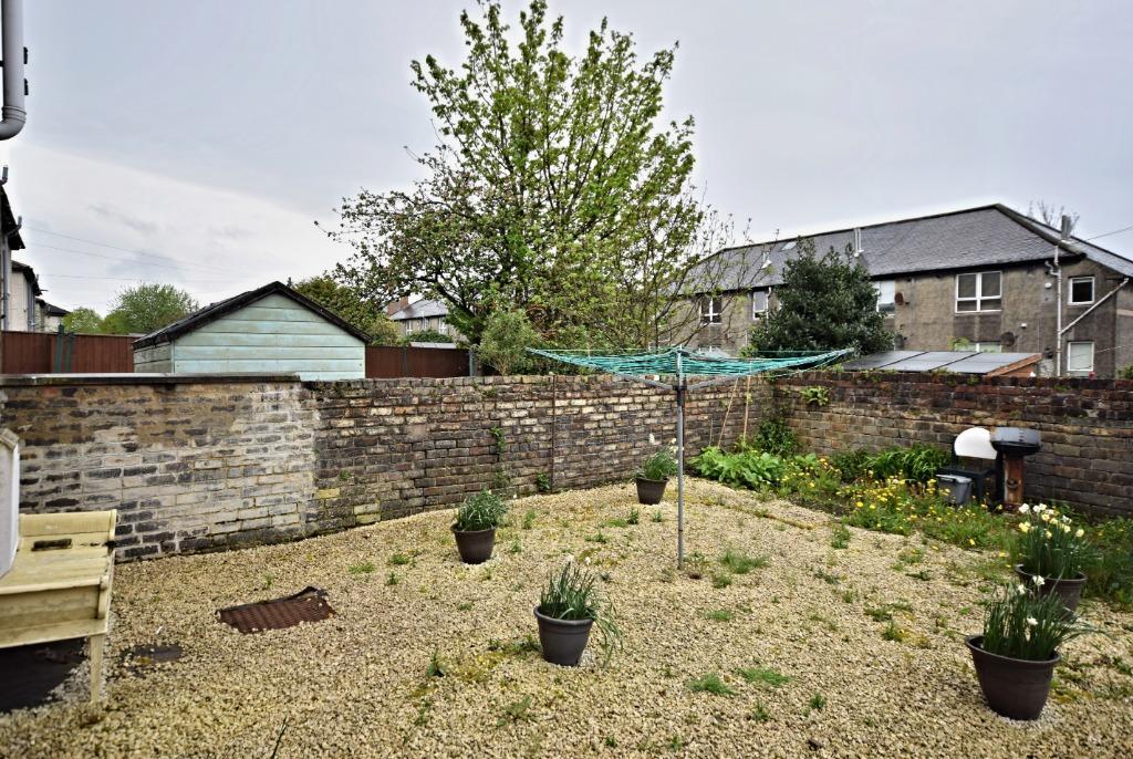 Garden Centre: Georges Avenue, Ayr, South Ayrshire, KA8 9HW 1 Bed
