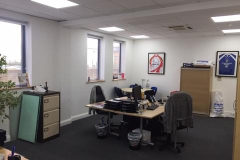 Serviced office to rent - Ocean Way Cardiff CF24