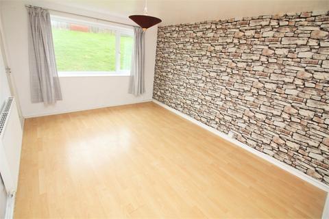 2 bedroom ground floor flat to rent - 15 Goshawk Road, Haverfordwest SA61 2TY