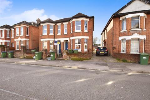 4 bedroom semi-detached house to rent - Newcombe Road, Southampton, Hampshire, SO15 2FS