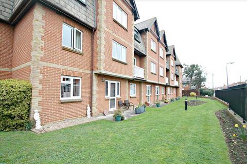 1 bedroom apartment for sale - St John's Court, Princes Road, Felixstowe