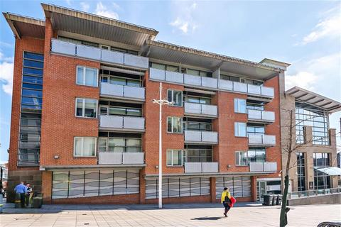 2 bedroom flat for sale - Portland Gate, Leeds, LS1 3HL