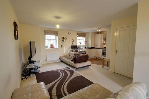 2 bedroom flat for sale - Flat 12 Beagle Close, Leicester