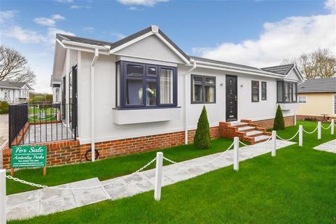 2 bedroom park home for sale - Six Bells Park, Woodchurch, Ashford, Kent