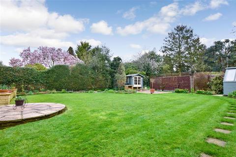 3 bedroom ground floor maisonette for sale - Estridge Way, Tonbridge, Kent